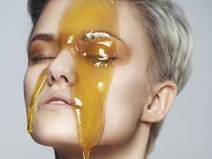 Лечить глаза мёдом