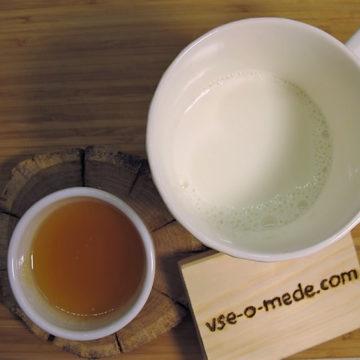 Тёплое молоко с мёдом